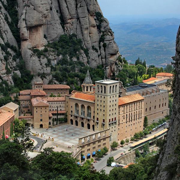 Barcelona Montserrat monestary Multiturismo Travel
